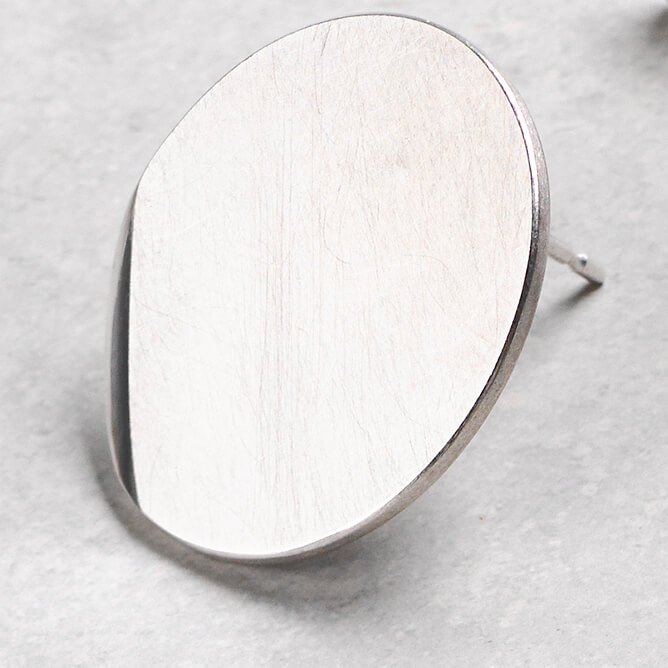 Sheng Zhang handmade round textured silver earrings jewellery