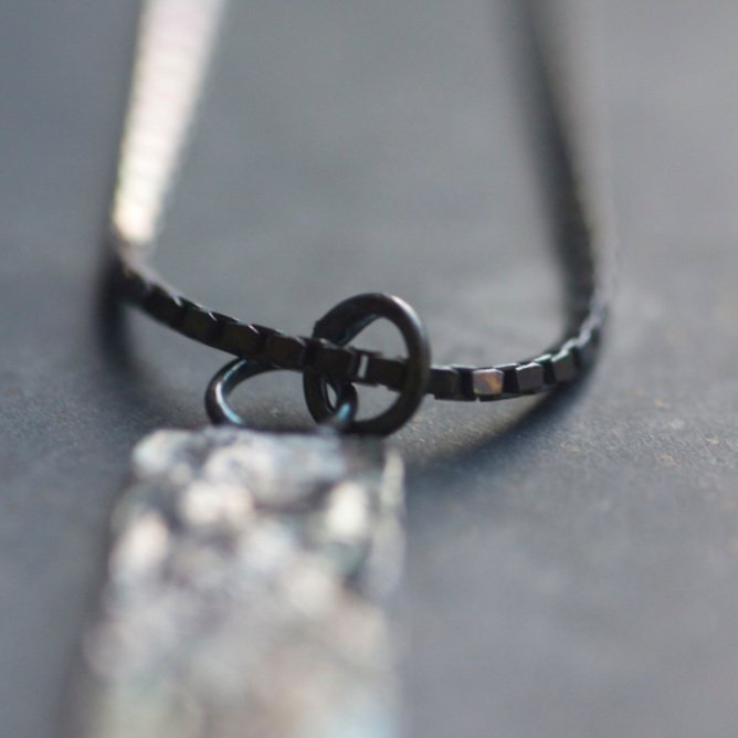 linear ox necklace